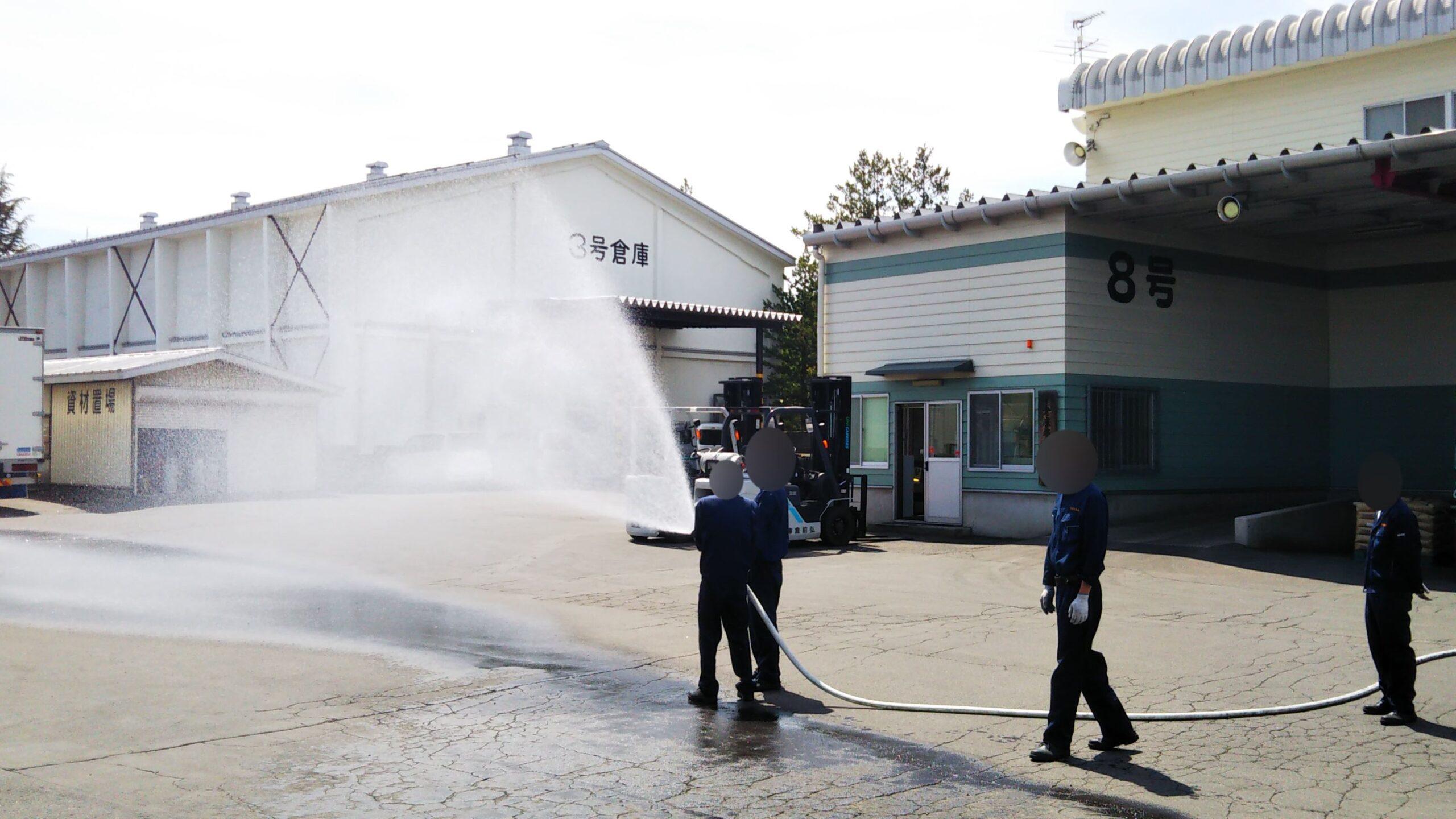 弘前倉庫 放水訓練